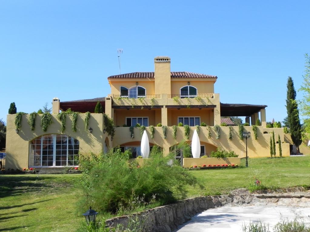 Villa de lujo mansion espa a madrid san sebasti n de for Villas de lujo en madrid